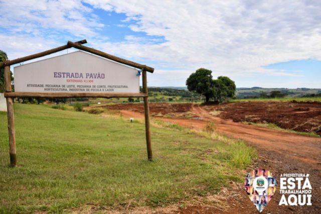 Prefeitura de Umuarama e Cibax iniciaram a readequação da Estrada Pavão