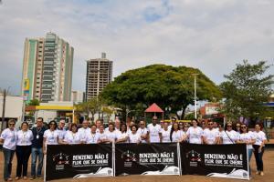 Campanha em Umuarama orienta funcionários de  postos sobre os riscos do benzeno