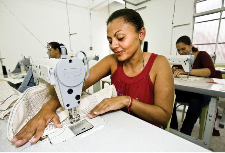 Inscrições abertas para qualificação em costura industrial em Umurama