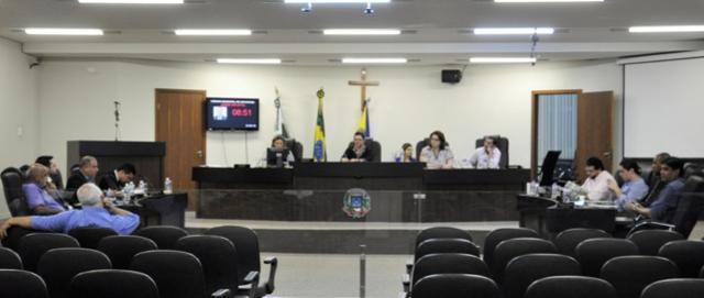 Vereadores aprovam 05 projetos e Moção  de Apoio ao Ministro da Agricultura