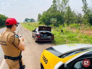PRE apreende carro carregado com quase 65 quilos de maconha em Umuarama