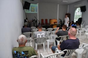 Palestras em Umuarama alertam população sobre contágio e sintomas da tuberculose