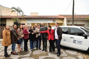 Conselho Tutelar de Umuarama recebe veículo do Governo Federal