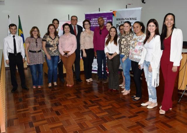 Câmara de Umuarama participa da abertura da Semana  Nacional da Justiça Pela Paz em Casa