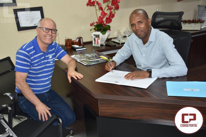 Noel do Pão oficializa convocação do suplente Antonio Comparsi