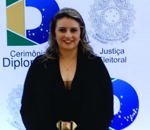 Ana Novais é empossada terceira suplente a deputada estadual