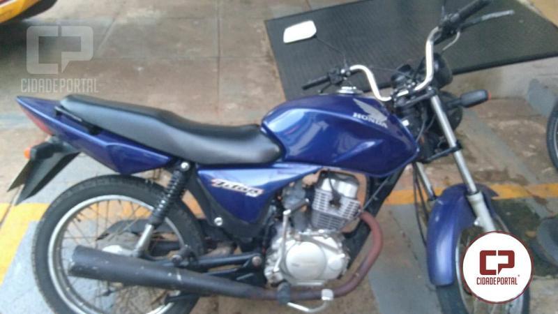 Equipe da Rotam do 25º BPM recupera moto roubada em Umuarama