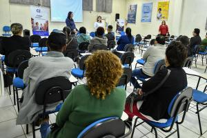 Palestra em Umuarama orienta estagiários do CIEE sobre riscos sociais