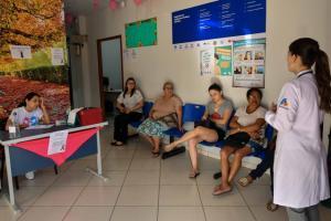 Outubro Rosa tem atividades para a mulher em todos os postos de Umuarama