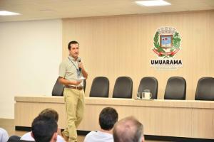 Encontro lança o Pró-Leite e leva orientações para os produtores de Umuarama