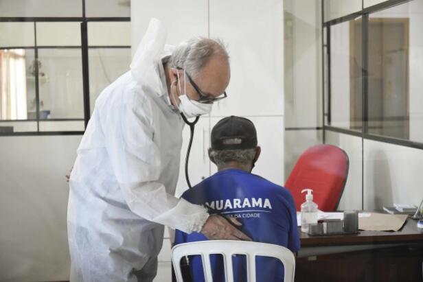 Ambulatório de Infectologia leva prevenção em tuberculose aos servidores do pátio da PMU
