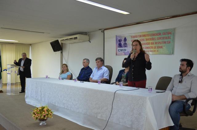 Palestras orientam sobre formas de  combater a violência contra o idoso