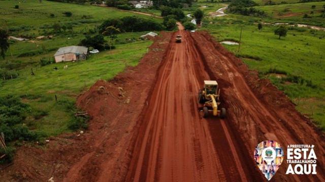 Pavimentação da Estrada Dias cria um cenário novo na zona rural de Umuarama
