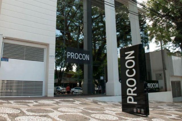 Em Umuarama Procon orienta consumidor para compra de veículos usados