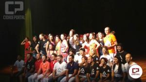 A Cia de Dança IFPR Schubert reapresentou o espetáculo Misturança