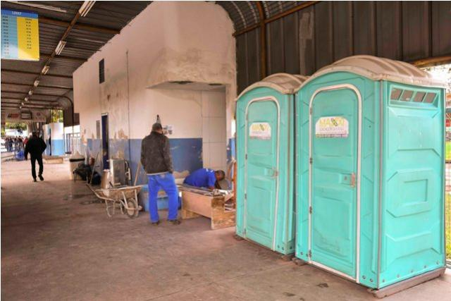 Banheiros do terminal rodoviário urbano recebem reforma completa em Umuarama