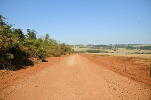 Falta apenas um quilômetro de cascalhamento na Estrada 215, no distrito de Serra dos Dourados