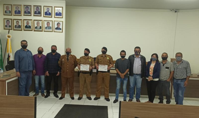 Policiais de Icaraíma são homenageados na Câmara Municipal com Moção de Aplausos