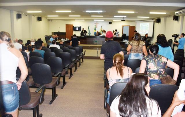 Com 14 projetos em apreciação, sessão em Umuarama da última segunda foi a maior do ano até então