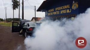 PRF prende contrabandista que dirigia carro roubado com lançador de nuvem de fumaça