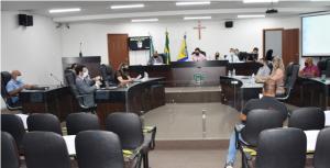 Sessão ordinária teve oito projetos, todos aprovados por unanimidade