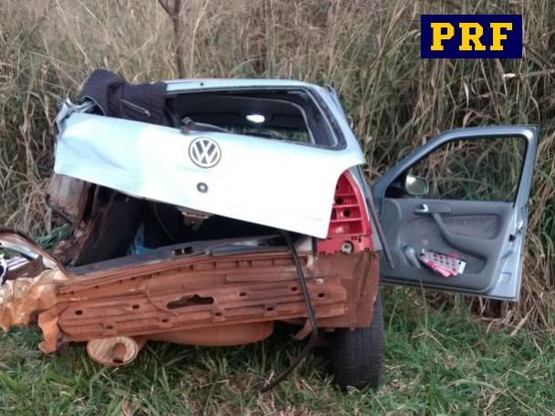 Acidente automobilístico deixa dois mortos e três feridos na BR-272 próximo a cidade de Terra Roxa