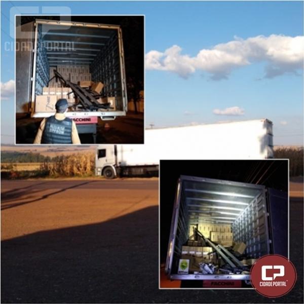 BPFron apreende caminhão carregado com contrabando de cigarros em Assis