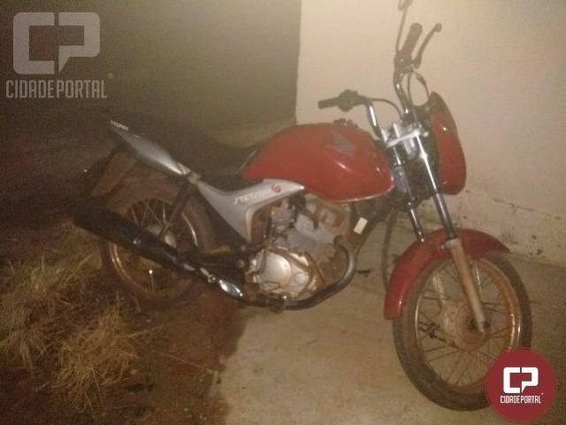 Policiais Militares de Itaúna do Sul e de Diamante do Norte recuperam motocicleta tomada de assalto