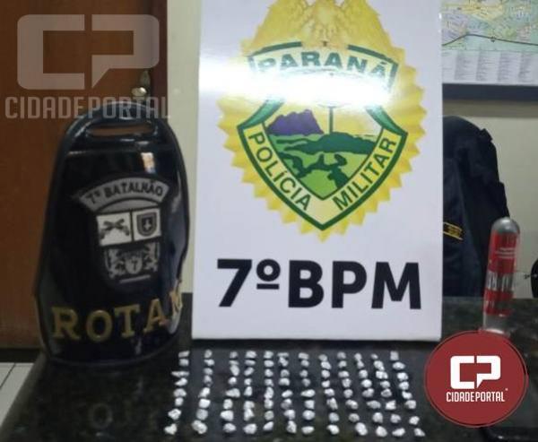 Policia Militar apreendem drogas e encaminham cinco pessoas em situações distintas