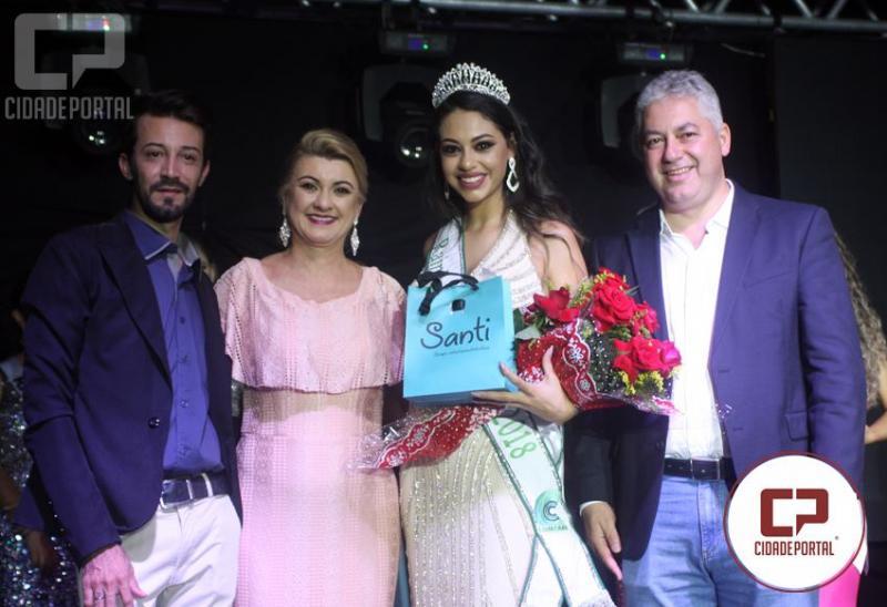 Gabriele Vieira, de Goioerê,  é eleita Rainha da Comcam