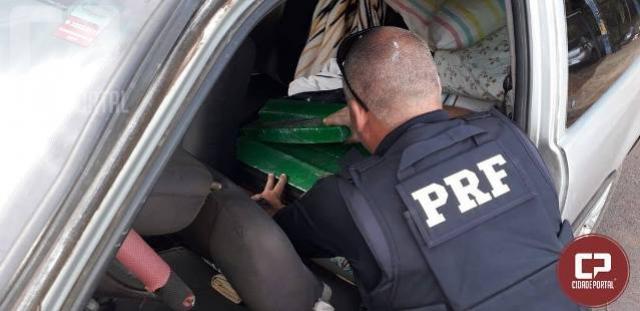 PRF prende mulher de 37 anos e apreende 58 quilos de maconha em Porto Camargo - PR