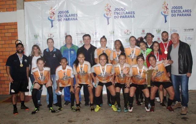 Nos pênaltis, Londrina mantém em casa título do feminino A