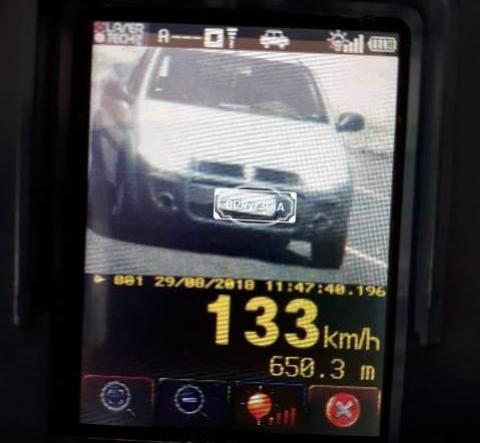 Motorista é flagrado à 133 km/h durante fiscalização da Polícia Rodoviária Estadual entre Toledo e São Pedro
