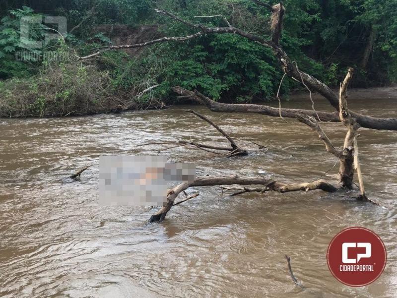Corpo que tinha desaparecido com a cheia no Rio Goioerê foi recolhido pelos Bombeiros