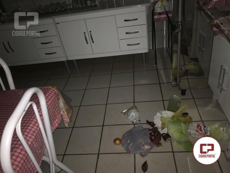 Uma pessoa foi presa após arrombar o Colégio Estadual Alto Palmital em Boa Esperança
