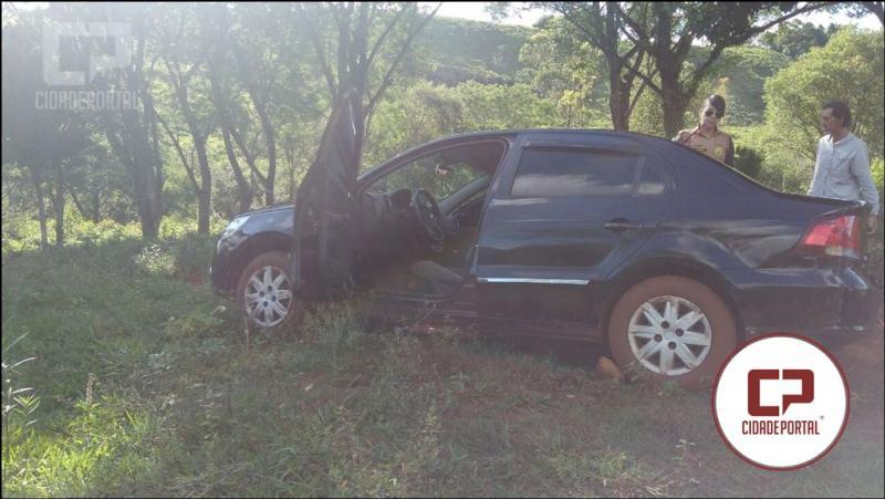 Após denúncia Polícia Militar de Nova Cantu recupera veículo roubado em Roncador
