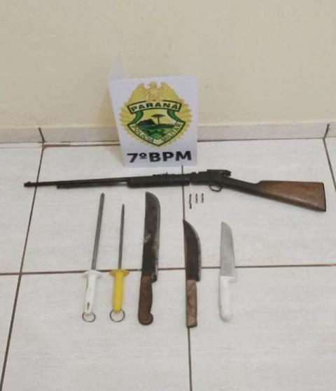 Policiais Militares do 7º BPM apreende arma  e recupera veículo furtado em Cruzeiro do Oeste
