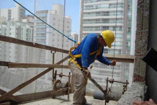 Movimento na construção civil cresce na região Oeste do Paraná
