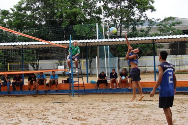 Após rodada de estreia, 10 equipes garantem vaga as quartas de final do vôlei de praia nos JOJUPS