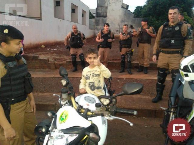 Polícia Militar de Maringá realiza ação social