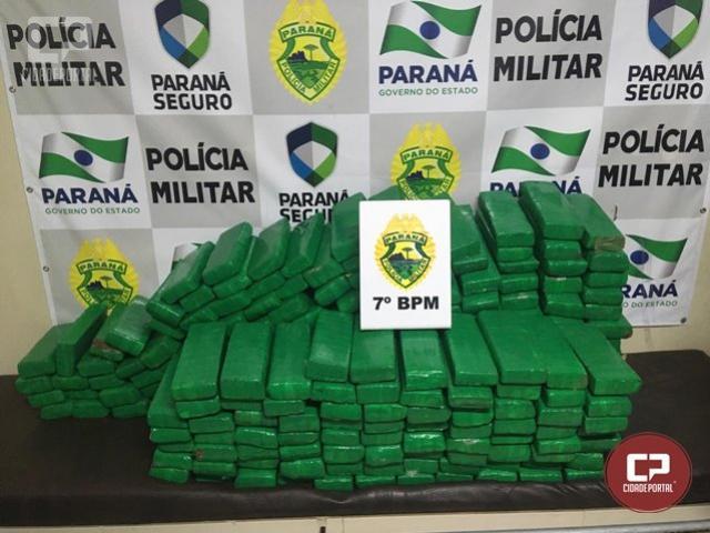 Durante patrulhamento, PM apreende 210 kg de maconha e prende duas pessoas em Cidade Gaúcha