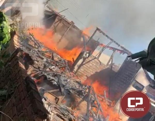 Incêndio destrói residência na Rua Maria Ferreira da Cruz em Moreira Sales