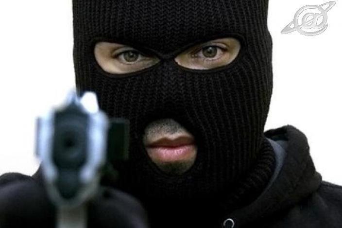 Seis elementos encapuzados roubam armas, veículos, motos e pertences pessoais em área rural de Ubiratã