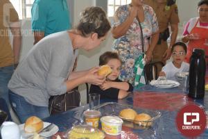 4º BPM recebeu visita especial de alunos, pais e professores da APAE Maringá