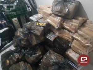 PRF de Cascavel apreende mais de 700 kg de maconha em Corbélia