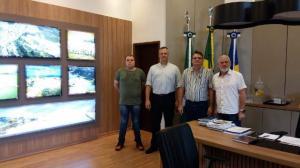 Presidente da Câmara de Corbélia visita Prefeitura e Câmara de Guaraniaçu