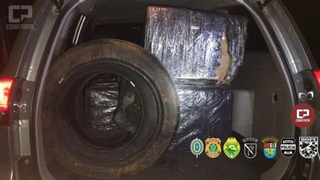 Policiais encontram mercadorias e pneus abandonados em porto clandestino em Foz do Iguaçu