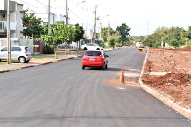 Asfaltadas, ruas Maranhão e Roberto Berwanger são abertas à circulação em Toledo