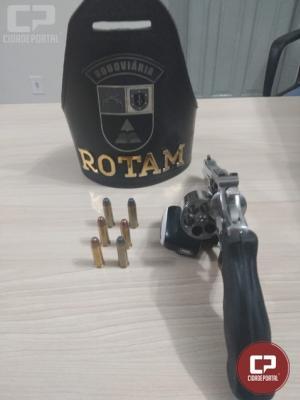 PRE aprende arma de fogo durante fiscalização no município de Santa Helena
