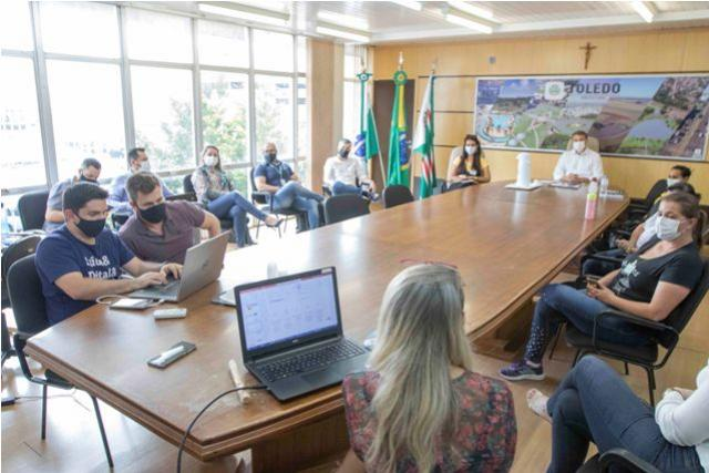Prefeitura lança softwares para melhorar acesso às informações em saúde